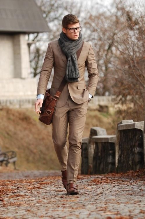 men_with_scarf_style